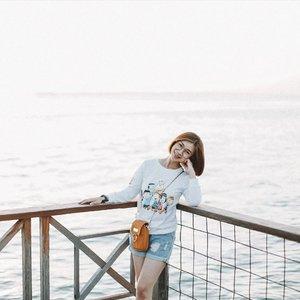 Hallo semuanya..Kamu suka foto dan pengen punya foto kayak selebgram yang keren gitu?Ga usah pusing guys kalian bisa edit foto kalian jadi keren badai cuma dalam 3 detik dengan presets dari @presetsluts.bisa liat foto after aku dan next slide buat foto yang belum aku edit.Harganya terjangkau dan kalian bisa dapat banyak presets loh guys recommended dan terpercaya ya 😚#Shantyhuang #beauty #beautyblogger #blogger #beautyvlogger #ootd #Clozetteid #Clozettedaily #instagood #instadaily