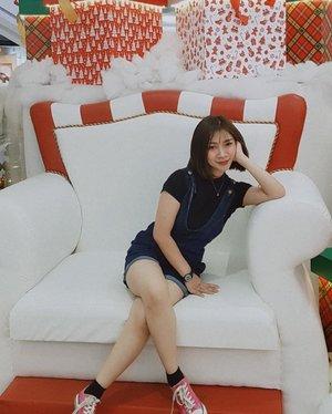 Aura Aura Holiday di depan mata 🥳  #Shantyhuang #ootd #beauty #beautyblogger #beautyvlogger #Clozetteid #Clozettedaily #instadaily #instagood