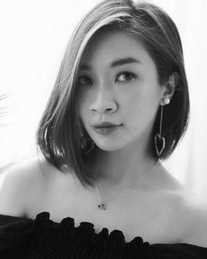 "Challenge accepted @lisahiu 🥰  ""F.L.Y. First Love Yourself. Others will come next.""❤️ #shantyhuang #womanempowerment #womansupportingwomen #selca #blackandwhitephotography #clozettedaily #clozetteid"