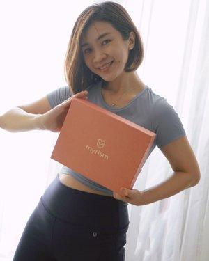 Hallo semuanya..Siapa bilang celana work out ga nyaman di pake untuk daily?Celana legging dari @myrism.global ini bukan cuma nyaman di pake untuk workout tapi untuk sehari-hari juga nyaman banget, bahannya adem dan ini ada UV protectionnya,desan dan cuttingannya juga bagus banget.Review lengkapnya ada di blog aku,link ada di biohttps://www.shantyhuang.com/2021/04/review-legging-nyaman-dan-modis-myrism.html?m=1#LADYBOSS #myrism #ClozetteIDReview #ClozetteID#shantyhuang #beauty #makeup #selfie #beautyblogger #beautybloggerindonesia #beautyandhairdiaries #tampilcantik #love #ootd #koreanmakeup #jakartabeautyblogger