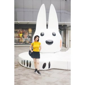 Happy Monday... Mencari ide untuk video selanjutnya 🤔🤔. Btw jangan lupa untuk join Mini Giveaway aku yach 😊#shantyhuang #beautyvlogger #beauty #blogger #selfie #ootd #clozetteid #clozettedaily #instagood #instadaily