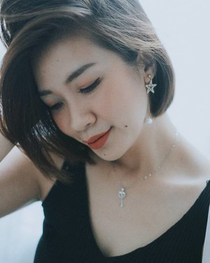 Tanggal tua begini mah enaknya senyum senyum manis aza 😂😂 #shantyhuang #beautyvlogger #beauty #blogger #selfie #selca #Clozetteid #Clozettedaily #instagood #instadaily