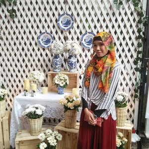 fashion looks better when you feel good on the inside . #clozetteid #clozette #hijab #hijabi #hijabfashion #fashion #modestfashion #modest #fashionblogger #blogger #bloggerbabesid #lifeasblogger #lifeblogger #lifestyleblogger #hijabiandfab