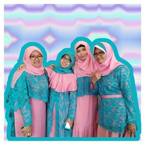 we're grow up together. we know each other flaw but it doesn't matter because we're best friend forever since 2000⠀.⠀#teambridesmate #bridesmaid #teambridesmaid #hijabibridesmaid #ootd #weddingreceptionootd #hijabiandfab #hijabstyle #hijabfashion #hijabiblogger #blogger #lifestyleblogger #blog #clozette #clozetteid #instadaily #hijabiootd