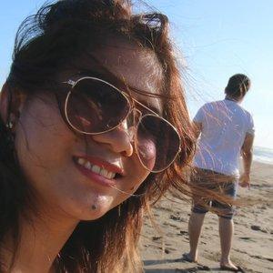 Sebenernya ngajak foto ber3 itu udah mulai susah 😁#wheinbali #beach #sunkissed #bali #indonesia #travelindonesia #berawabeach #nofilterneeded #clozetteid