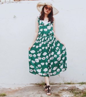 Wearing betsey long dress from @orionlondon - #ads #clozette #clozetteid #personalstyle #fashionblogger #ootd