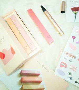 Toooooo beautiful 😍😍😍😍😍 Gak tega makenya 😢😢😢 . . . . . #Flushed #RolloverReaction #Lipstick #Lipstain #LipFlushed #Beauty #Cosmetics #Makeup #ClozetteID