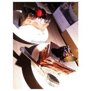 Morning ❤🍰🍫 . . . . . . . #cake #chocolate #foodie #foodporn #foodgasm #Traverra #SG #ClozetteID #likeforlike