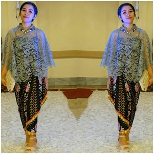 Now I know, the best make up is happiness from the heart .. Thanks was make me happy 💙 . . . #OOTD #Kebaya #KebayaModern #ClozetteID