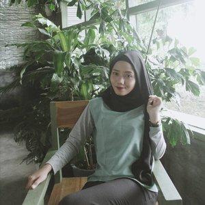 Taken by 라비 예뻐 😂#ClozetteID #hijabstyle #hijaboftheday #hijab #jogjabloggirls #hijabfashion
