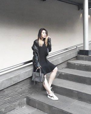 Let's just live and what happens will happen. . . #LYKEAmbassador #clozetteid #clozette #fashion #personalstyle #styleblogger #ootd #cgstreetstyle #streetstyle #balenciaga #ggrepstyle #PrettyMessedUpStyle #lookbookindonesia #ootdindo @ootdindo @lookbookindonesia
