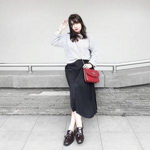 Make it simple but significant💎 . . . #clozetteid #personalstyle #styleblogger #ootd #cgstreetstyle #streetstyle #ggrepstyle #PrettyMessedUpStyle #lookbookindonesia #ootdindo @lookbookindonesia @gogirl_id