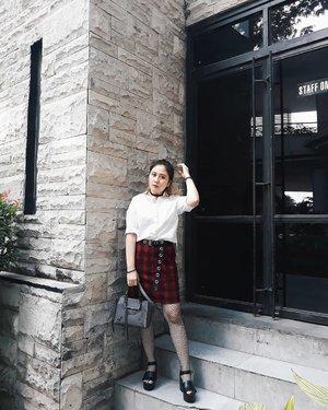 Plaid season~ . . . #LYKEAmbassador #clozetteid #clozette #fashion #personalstyle #styleblogger #ootd #cgstreetstyle #streetstyle #balenciaga #ggrepstyle #PrettyMessedUpStyle #lookbookindonesia #ootdindo