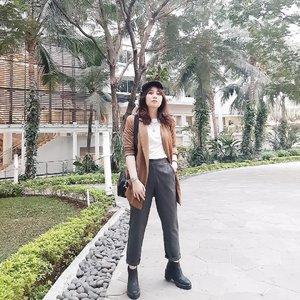Everyone's got their own demons. Be kind. . . . #clozetteid #personalstyle #styleblogger #ootd #cgstreetstyle #streetstyle #ggrepstyle #minimalist #fashion #style #fashionblog #fashionblogger #PrettyMessedUpStyle #lookbookindonesia #ootdindo