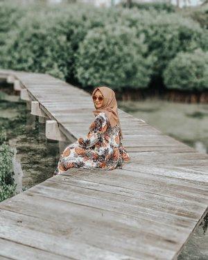 Ternyata, dipulau Pramuka juga ada Taman Nasional mangrove dan htmnya Rp. 7.500 / orang. Selain liat mangrove, ada juga penyu kecil yang belum dilepas dilaut bebas. Ohiyaa, banyak juga spot Instagramable dan salah satunya disini. Jadi, walaupun teriknya bukan main bantu memajukan usaha warga yuk dengan berkunjung ke Taman Nasionalnya 😉 #clozetteid