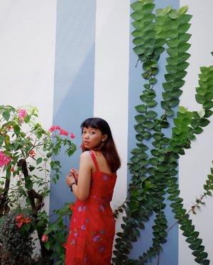 Cold summer. • • • • • • • • • #bloggerstyle #bloggerbabes #styleblogger #stylenanda #wheninbali #explorebali #arindainbali #detuileriesmode #kinfolk #balibaby #summertime #summerday #summervibes #travel #beachlife #lookbookindonesia #ggrep #summerdress #clozetteid
