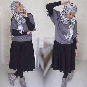 #hijabers #hotd #ootd #ootdhijab #ootdhijabers #ootdhijabstyle_ #hijabiqueen #scrafmagz #clozetteid #hijabootdindo #hijaboutfitindo #hijabfeature_2015 #hijabstyleindonesia