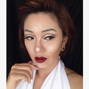 Woman crush of the month the iconic Marilyn Monroe, my version of her makeup look for @lagirlindonesia  #lagirlindonesia #lagirlID #lagirlIDBeautyInfluencer #marilynmonroelook #HutRI #independeceday #lagirlcosmetics