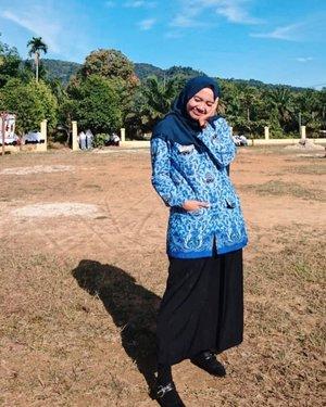 blue team💙 upacara menantang panas yg luar biasa sampe ke ubun ceunah 😰 .Dirgahayu Indonesia ke-74 tahun 🇮🇩.#clozetteid