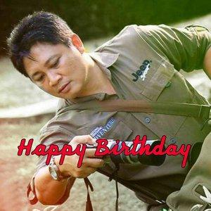 Aciciiiiyehhh mbah @dodykusuma  Makin tuwirrrrrrr ✌  Met miladddd yah mbah usil nan baek hati, ramah tamah en rajin nyela 😁 Panjang umur, sehat selalu en berkah melimpah 😍 🎉🎂🎉🎂🎉🎂🎉🎂🎉🎂🎉🎂🎉 . . Note: jangan lupa tetangga ditraktir 😜 . . . #birthday #birthdayboy #greeting #ritystory #clozetteid #birthdaywishes