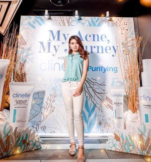 Attending @clinelleid 's Launching Event today! 🦋 They just launched a Purifying series especially made for you guys who have acne prone skin. It's a non-scent product and comedogenic! So it's very safe for you guys who have sensitive skin. I'll try them out for several days to see the result. Stay tune for it, and thank me later 😜  Thakyou for having me @clinelleid 💙 ———— #MyAcneMyJourney #Clozetteid #ClinellexClozetteid @clozetteid ———— #abnergailorrainecollabs #fdbeauty #beautybloggerindonesia #ivgbeauty #makeupclips #fiercesociety #tampilcantik #easytutorial #simple #easy #indobeautygram #skincare #skincareroutine #skincareproducts #skincareaddict #skincaretips #koreanskincare #glassskin #clearskin #acneproneskin #acneskincare @beautybloggerindonesia @indobeautygram