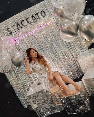 Celebrated the launch of @staccato_id's FW19 collection launch with friends from @theshonet! 🥳 Deeply falling in love with all the sparkling crystals in each uniquely designed pair. Perfect for any occasions, anywhere your next destination would be! Boots, kitten heels, stilettos, flats, sneakers, they got it for you. Just visit the store now and don't miss out on the sparkle trend 😍✨ — #StaccatoID #StaccatoShoesID #StaccatoIndonesia 📸 @lindasetiono . . . . . . . . . . . . . #whatiwore #elegant #chic #fashionistas #feminine #sparkle #shoetrend #ootdbloggers #lotd #bloggerstyle #fashion #wiwt #lookoftheday #styleinspo #instastyle #ootd #styleblogger #blogger #fashionblogger #fashionpeople #fashioninfluencer #style #outfit #stylist #fashionweek #clozetteid