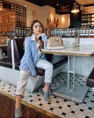 Weekend is for slowing down and giving your body & soul what it really needs in order to stay healthy. Have a lovely end of week guys 🤗—Baby Blue Blazer from @forevernewindonesia Heels from @nocheid Bag from @coach #PriStyleDiaries ........#chic #edgy #parisianstyle #parisian #vintage #stylish #elegant #cafe #bloggerstyle #fashion #styleinspo #instastyle #ootd #lifestyle #influencer #stylist #whatiwore #womensfashion #fashionistas #lotd #bloggerstyle #fashion #blogger #fashionblogger #fashioninfluencer #style #outfit #clozetteid