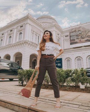 Please stay happy, there ARE better days ahead. Hold on to hope! 🤗 Let's pray for the world, and most importantly, Indonesia 🇮🇩 —#PriStyleDiaries#ThePetiteMissyTravels📸 @steviiewong........#whatiwore #chic #sg #singapore #sgblogger #traveling #travel #travelblogger #travelingram #travelinspiration #fashionistas #ootdinspiration #lotd #fashionblog #bloggerstyle #fashion #instastyle #blogger #styleblogger #fashionblogger #influencer #ootd #fashioninfluencer #style #outfit #summer #clozetteid