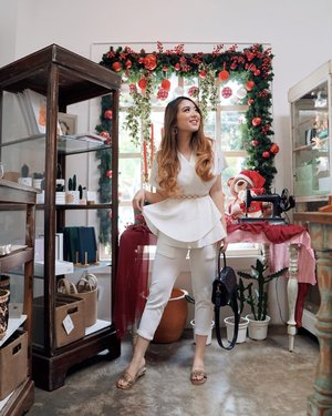 Since it's the Christmas month, what's better than spending these precious times by sharing the joy & happiness with loved ones? I wanna spend the time with my friends and family as much as possible cause I know how I feel loved whenever I'm with them 💞 . Wearing Claus Set in White from @toptops.id . @thelavayette @luxcrime_id @soletopia.id @nemuofficial @minifridge.id @madedifferentco.id . #toptopsthebestgiftever #PriStyleDiaries 📸 @steviiewong . . . . . . . . #whatiwore #portrait #womensfashion #fashionistas #parisian #elegant #chic #christmas #dreamy #feminine  #parisienne #parisianstyle #travelblogger #lotd #bloggerstyle #fashion #styleinspo #instastyle #blogger #styleblogger #stylist #fashionblogger #influencer #ootd #fashioninfluencer #style #outfit #clozetteid