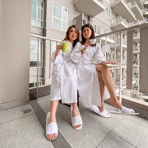 Morning sip + Vitamin D intake in the morning with @vm_3596. Such lovely view overlooking the infinity pool from our room balcony at @oakwoodresidencecikarang 🙌🏻 — 📸 @steviiewong . . . . . . . #insipiration #morning #whatiwore #portrait #womensfashion #fashionistas #parisian #summer #feminine #elegant #parisienne #parisianstyle #lotd #bloggerstyle #fashion #styleinspo #instastyle #blogger #styleblogger #stylist #fashionblogger #influencer #ootd #fashioninfluencer #style #outfit #clozetteid