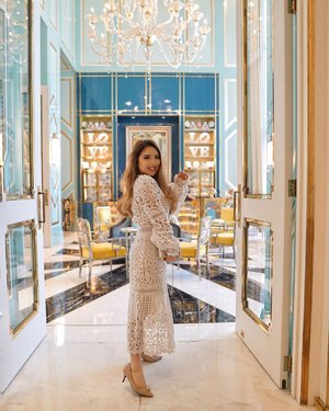 You know you look absolutely stunning with your wide smile right? So smile more often! 😊💕 Have an incredible day to all of you, and spark that joy all around ✨ — @elliatt dress, rented via @styletheoryid #PriStyleDiaries 📍@fsjakarta 📸 @steviiewong . . . . . . . . . . . #hotel #lifestyle #luxury #luxurylifestyle #parisienne #parisianstyle #feminine #fashionistas #hotel #classy #lady #ootd #lotd #trend #travel #travelblogger #elegant #outfit #traveling #dreamy #bloggerstyle #styleblogger #blogger #fashionblogger #fashionpeople #fashioninfluencer #style #clozetteid