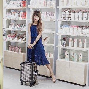 "Congratulation @kaycollection !Finally, another store of @kaycollection open in Galaxy Mall 3 Level 1 (near KOI) 😍-Buat kalian pecinta product @kaycollection @masamishouko @dolly_wink @nakeupface or another Korean and Japan beauty brand. Bisa intip semua koleksinya di @kaycollection.-Anak timur dah ga perlu jauh"" ke Tunjungan Plaza atau Pakuwon Mall dong buat dtg k @kaycollection store.-Kalo lagi ke GM3, selain cobain mall baru, jangan lupa mampir yah ke sini. Cobain deh cushion @nakeupface terbaru d sini, sambil cek siapa tau ada promosi menarik 🥰 Jangan lupa juga follow @kaycollection buat tau promo"" menarik di setiap bulannya. Pasti bakal ada best deal/discount gesss ! 🌻...#clozetteid #kaycollection #kaycollectionstore#tephcollaboration #galaxymall #japanstore #japanmakeup #koreanstore #koreanmakeup #koreanskincare #nakeup #nakeupface #nakeupfacecushion #dollywink #influencersurabaya"