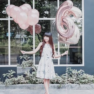 Don't chase people — Be yourself, do your own thing and work hard. The right people, the ones who really belong in your life, will come to you and stay 🌻 . . . #clozetteid  #birthdayoutfit  #birthdaynight  #birthdaygirl👑  #birthdaydecor  #birthdaydecoration  #balloondecor  #balloongarland  #ballooning  #balloondecoration  #todayimwearingthis #ootdpost #mywhowhatwear #koreatown  #koreangirls  #koreanclothes
