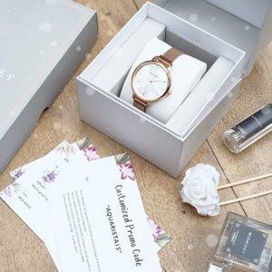 "A lot of message — come to my DM and said this watch so pretty 🥰 Yes ! That's true ~ - Don't think twice, grab yours now ! Ada tambahan diskon 15% loh kalo kalian pakai kode aku ""AQUARISTA15"". Diskon ini bisa d gabung dengan promo yg lagi berlaku skrg di @watchstudioindonesia 🙈 - Where's the place to buy? Tunjangan Plaza 6 dong ! Langsung tanya mana sih @wishwatch.id yg ROSE GOLD itu. Ohya, modelnya engga cm ini loh ada yg bunga"", strap batik, seri corgi, banyak dehh 🌻 . . . #clozetteid  #timeisprecious  #wishwatchid  #soireebywishwatch  #wishwatch  #rosegoldwatch  #stylebook  #stylefashion  #streetstyle  #elegant  #elegantwedding  #weddingmakeup  #weddinggifts  #whatiweartoday  #whatiwear  #jamtangan  #blogger  #influencer"