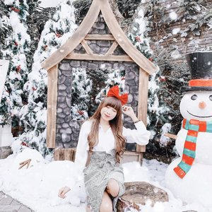 Hey, MERRY CHRISTMAS everyone !-I hope this season fills you with faith,renewed hope and good healththat will last you a life time.Have a blessed Christmas 🎄...#clozetteid #christmas #chrismastime #christmas2019 #christmasseason #blessed #blessedbeyondmeasure #greatyear #newhope #influencersurabaya #influencerjakarta