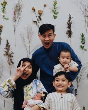 Perdana foto ber-5 🤍#familycapture #ohanameansfamilyandfamilymeansnobodygetsleftbehindorforgotten #clozetteid