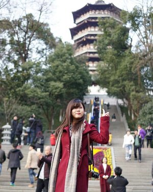 Travel the world and see what that can't be explain by words #clozetteid #travelwithvheii #vheiigoestochina