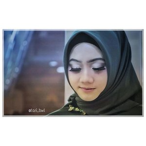 What do you feel when close your eyes?..👗@houseofnonaninid📷@boykephotowork...#ClozetteID#daftarselebgram #openendorse #freeendorse #openpp #gaunpestamuslimah #OOTD #fashionhijab #FASHIOMODEL #modelhijab #modelphotoshoot #modelfoto #gaunmuslimah #gaunpesta