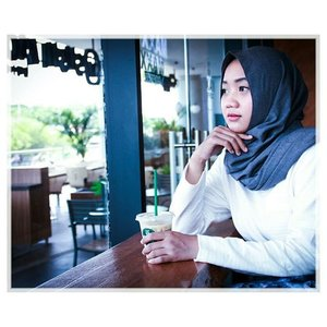 "Don't make me ""wait"", just because you know I will...📷@nadanisa012...#ClozetteID#daftarselebgram #openendorse #freeendorse #openpp #darkblack #OOTD #fashionhijab #FASHIOMODEL #modelhijab #modelphotoshoot #modelfoto #OOTD #hijaber #modelfotografie"