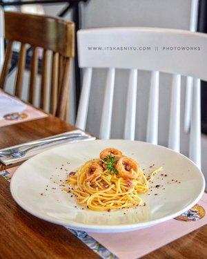 Aglio Olio with Crispy Calamari . @uploadkompakan #uploadkompakan #ukyellownomellow #spaghetti #aglioolio  #gastromaquia #cafejakarta #cafejakartaselatan #clozetteid
