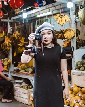 Sini aku fotoin, eh lupa blm dibuka tutup lensa nya ✌️ . . 📸 : @dionelvn . . .  #ootdlidya #ootd #outfits #fashion #outfitinspiration #style #outfitoftheday #clozetteid #outfitideas #streetstyle #fashionstreet #ootdstreet #explorejakarta #jakartafashion