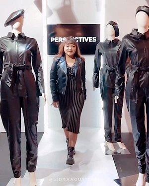 Runway ceritanya 😎 .  Sayang kalau cuma upload ig story .  Jacket : @stradivarius Dress : @zara  Boots : @pullandbear . . .  #ootdlidya #ootd #outfits #fashion #outfitinspiration #style #outfitoftheday #clozetteid #outfitideas #streetstyle #fashionstreet #ootdstreet #explorejakarta #jakartafashion