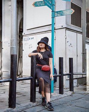 Sini nanya arah sama aku. . . .  #ootdlidya #ootd #outfits #fashion #outfitinspiration #style #outfitoftheday #clozetteid #outfitideas #streetstyle #fashionstreet #ootdstreet #explorejakarta #jakartafashion