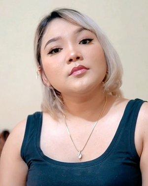 Hello b*tches 😝  . . .  #lidyamakeup #motd #makeuptransformation #makeup #beauty #clozetteid