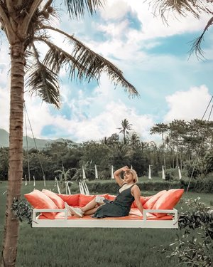 Seger bgt tiap hari pemandangan alam 🍃  . . .  #svargabumi #ootdlidya #clozetteid #fashion #style #alamindonesia #indonesia