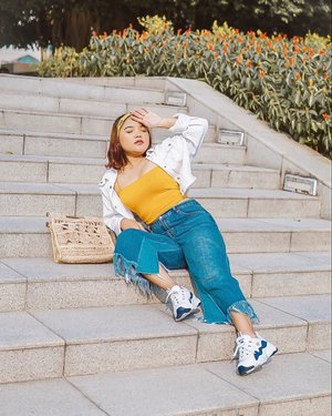 Yellow Summer complete with @mango bag 💛 . . .  #ootdlidya #ootd #outfits #fashion #outfitinspiration #style #outfitoftheday #clozetteid #outfitideas #streetstyle #fashionstreet #ootdstreet #explorejakarta #jakartafashion #summer #summerootd #yellow #yellowoutfit #mango #mangogirls #mangolovesindonesia