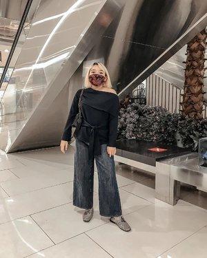 Jangan lupa pakai masker ya guys.. btw uda ikutan giveaway #beautymaskgoonxlidya belum?  . . .  #ootdlidya #ootd #fashion #style #clozetteid #maskootd #maskfashion #maskstyle