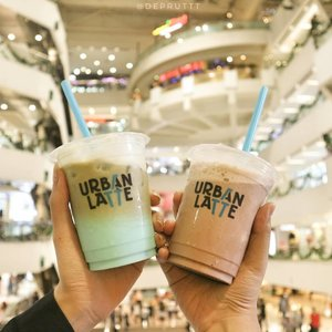 Ada tempat nongkrong dan ngopi baru nih! @urbanlatteid 😍 yang nggak suka minum kopi juga bisa nyobain menu lainnya di sana. Kebetulan saya juga nggak biasa minum kopi tanpa campuran jadi saya nyobain Cloud 9 Latte & Chocolate Royale. 😍___Lokasinya di Tunjungan Plaza 11st floor, unit 56-57___Oh iya ada PROMO juga loh!💣Promo GoPay 50%,Promo BRi (Get 2 special Price Rp.12.300 with BRIZZI/Debit or Rp. 123 with myQR) dan Mandiri (buy 2 get 3 with Mandiri Debet or Disc up to 50%) Mandiri Fiestapoin*T&C Apply___#sbybeautyblogger#sbbevent#YOURDAILYROUTINEISHERE#clozetteid