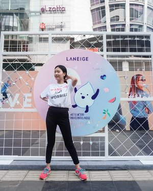 💃 FUN Zumba with @laneigeid at  #RefillMe2019 Event yesterday! Thank you for holding this CSR event that could help water to those in need. It's been 4 years and i really appreciateee it! This time, Laniege provides access to clean water in Tasikmalaya. Glad that i could contribute to by purchasing their Refill Me Pack 💧DO GOOD FEEL GOOD ❤ __ #BetterWaterWithLANEIGE  @clozetteid  #Clozetteid . . . . . . . . #beauty #clozetteid #laneige #koreanskincare #skincare #korean #korea #beautyblogger #beautyreview #review #love #curated #beautyjunkies #skincare #koreanskincare #installation #cfd  #sport #exercise #zumba #love #donation #charity