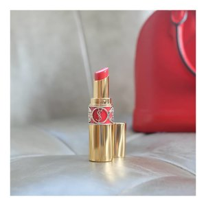Lipstick oh lipstick!!! Lipstick can change your mood... yes that word is true  Rouge A Levres by @yslbeauty #82 It's sweet chili red High moisture Elegant packaging Natural color Believe me.. it will change your mood  Love you @anggarahman  Muach muach muachh..... .  #beautyblogger #blogger  #kbeauty #bblogger #bestoftheday #BeautyBloggerIndonesia #beautyblogger #beauty #makeup  #clozetteid #beautynesiamember #charisceleb #hicharis #beautifuljournal